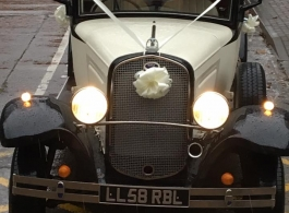 Vintage wedding car hire in Newbury